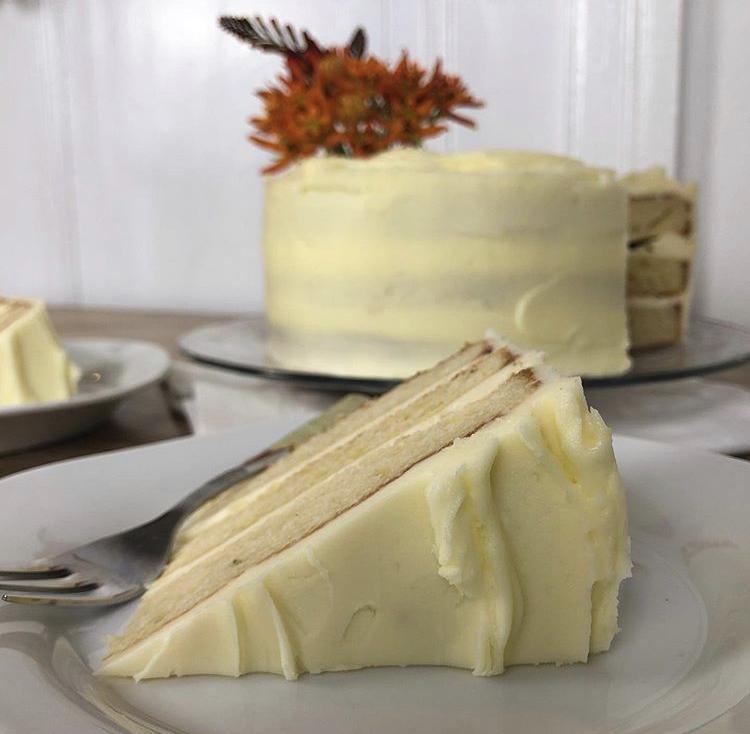 20cm double-layer Celebration Cake - 35€