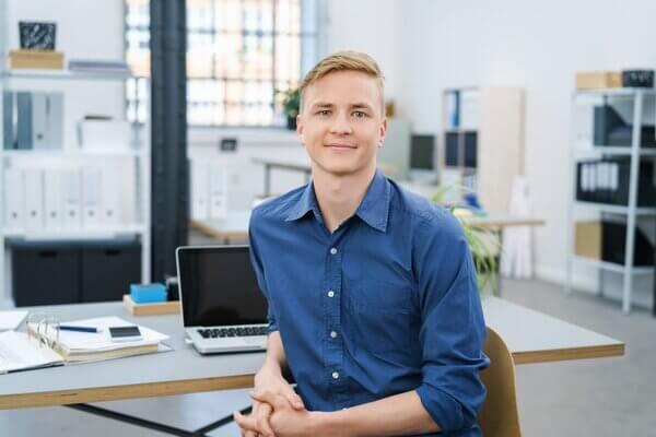 Bewerbung Kaufmännischer Mitarbeiter (m/w/d) für Logistik und Versand in Schwarzheide