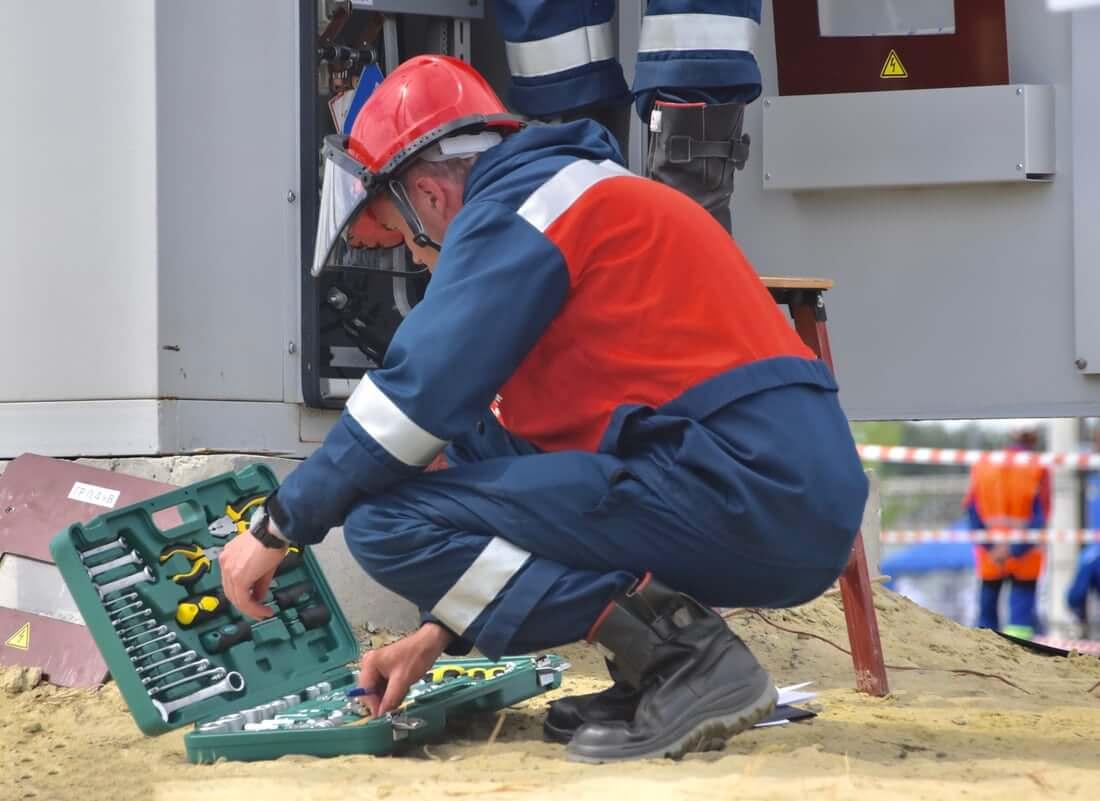 Jobs Elsterwerda - Elektroniker/in - Maschinen und Antriebstechnik (m/d/w) - Expert Personaldienstleistungen