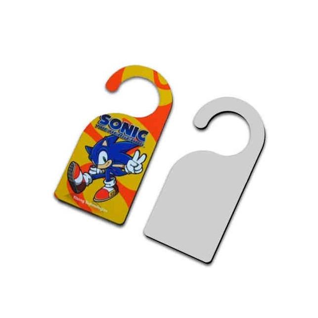 Etiqueta suspensa para Porta